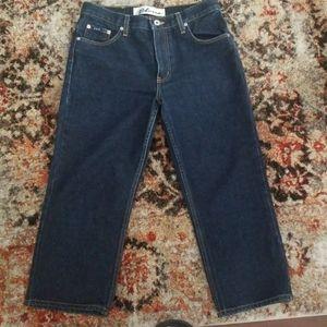 Express Bleus cropped jeans.